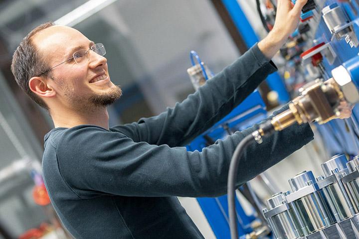 Mattis Marzell, Maschinenbauingenieur in der Abteilung Forschung & Entwicklung
