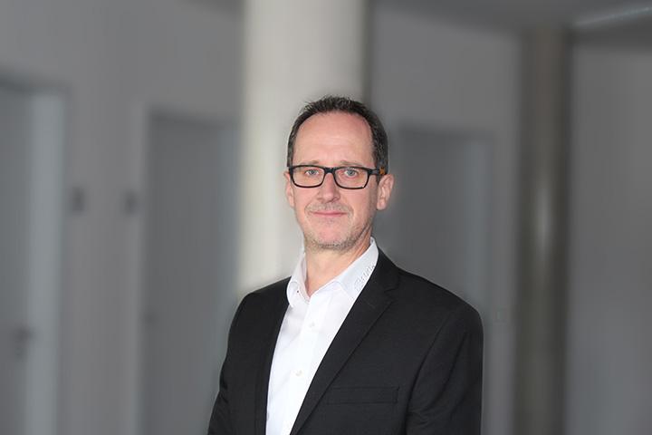 Heinz Hirschlein, Produktmanager