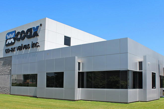 Further manufacturing capacities are created with the expansion of the production and assembly halls. This year the company proudly sets up USA-based co-ax valves, inc., its first subsidiary company abroad.
