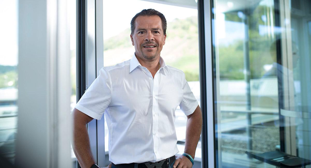 Friedrich Müller ist Vorstandsvorsitzender der müller co-ax ag und Inhaber der müller coax group.